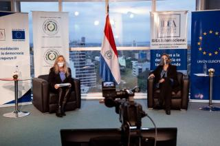 Senator Mirta Gusinky (l), Chair of the Equity and Gender Commission of the Paraguayan Senate; and Lourdes González-Prieto (r), Head of International IDEA's Paraguay Programme, during an online round-table on violence against women in politics, held in September 2020.