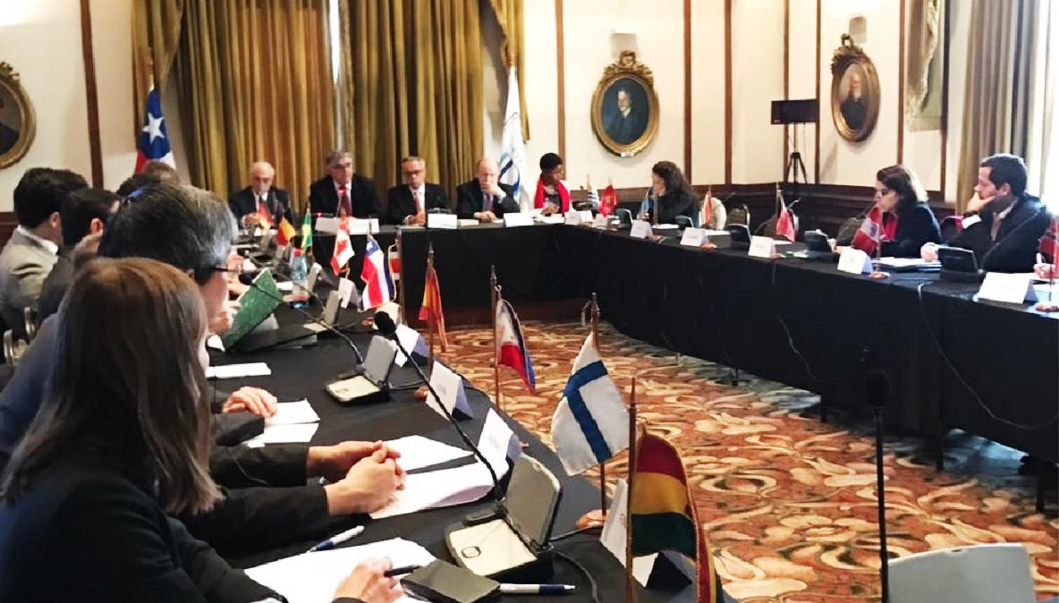 Representantes de los Estados Miembros durante la presentación de la estrategia regional y el trabajo de IDEA Internacional en América Latina y el Caribe. Crédito foto: IDEA Internacional.