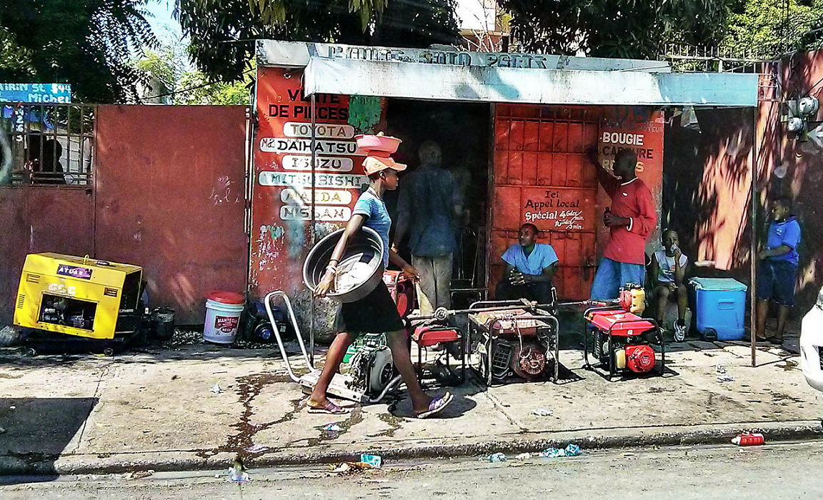 Haitians are feeling the pain of a fiscal crisis in an already vulnerable economy. Photo credit: Iolanda@flickr