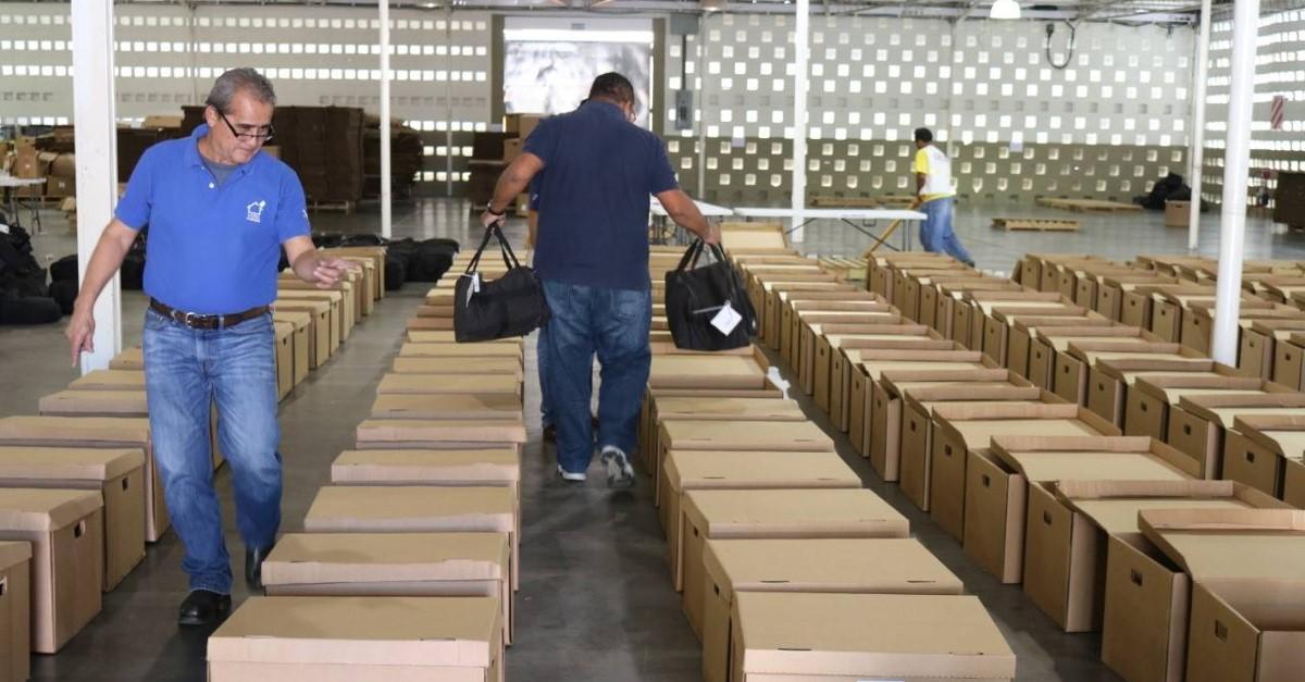 El Salvador elegirá nuevo presidente el próximo 3 de febrero, en primera vuelta, y el 10 de marzo, en segunda, de ser necesaria. Arriba, instalaciones del sistema de captura y transmisión de actas de resultados electorales. Crédito: Tribunal Supremo Electoral de El Salvador.