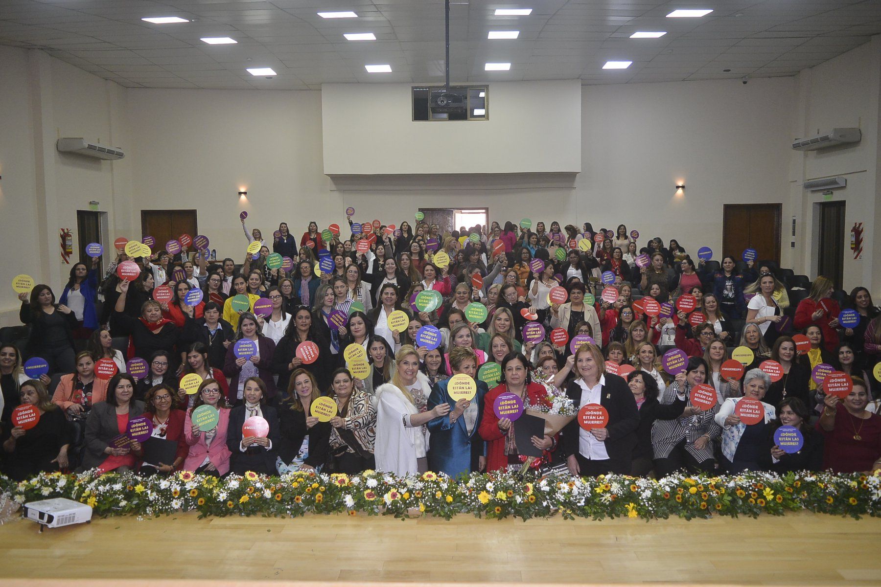 A meeting of women's networks in Paraguay, 24 August 2019. Photo credit: International IDEA