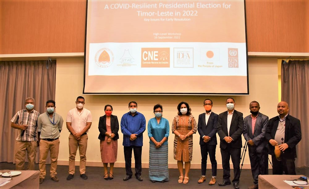 Workshop participants discuss Covid-19 considerations ahead of the 2022 elections in Timor-Leste. Image credit: International IDEA.