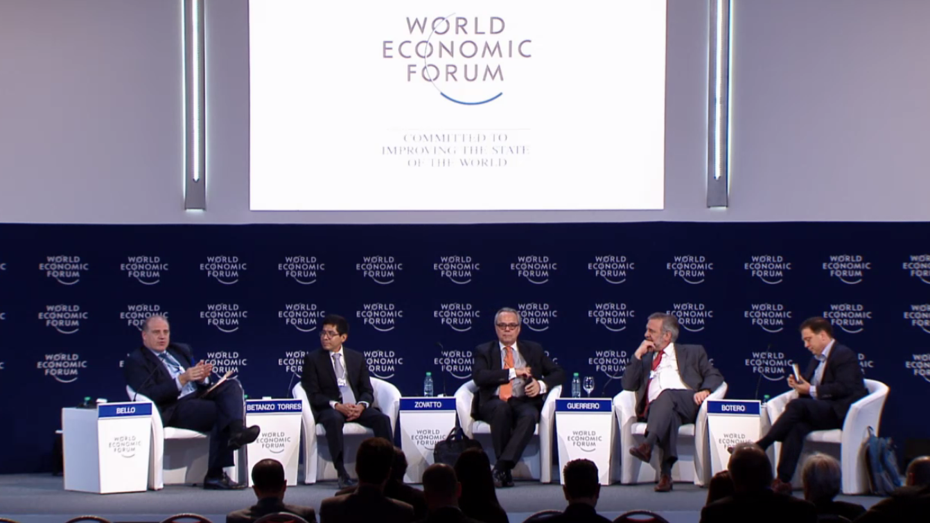 "International IDEA's Latin America and the Caribbean Regional Director, Daniel Zovatto, seated (center) among panelists of the ""Fighting corruption: The new way forward session"" at the World Economic Forum in Argentina."