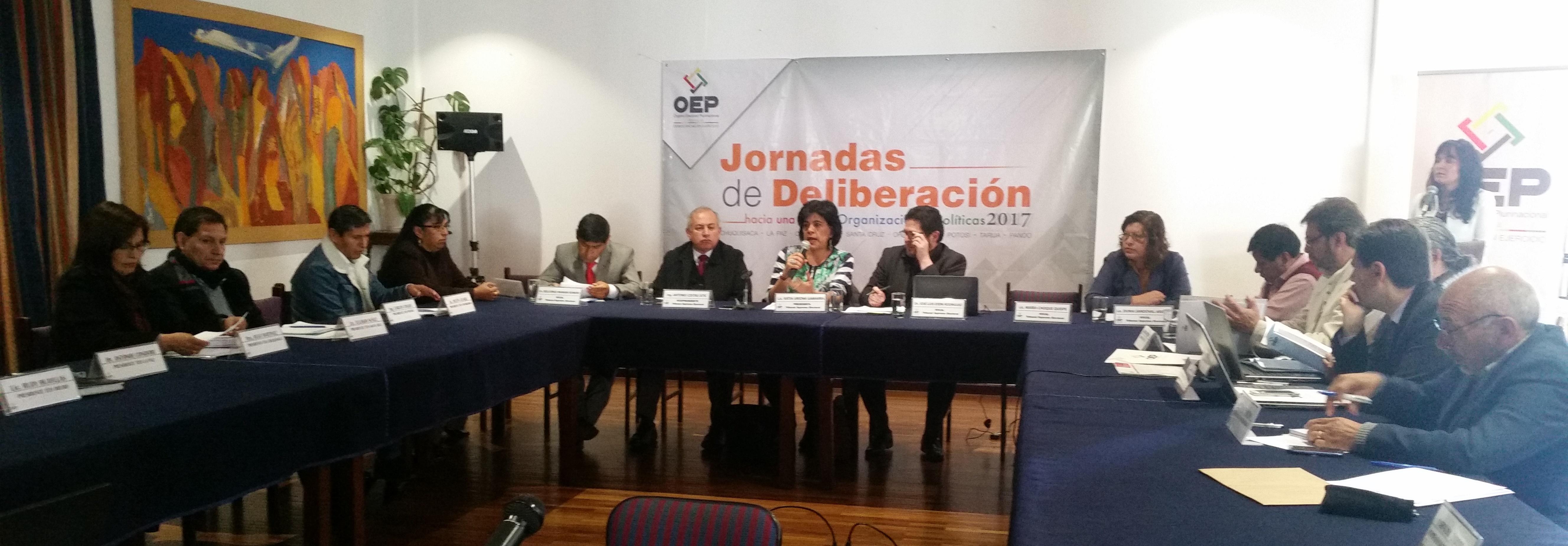 IDEA Internacional apoya el proceso de diálogo plural y participativo para la reforma de la Ley de Organizaciones Políticas en el Estado Plurinacional de Bolivia. Crédto foto: IDEA Internacional.