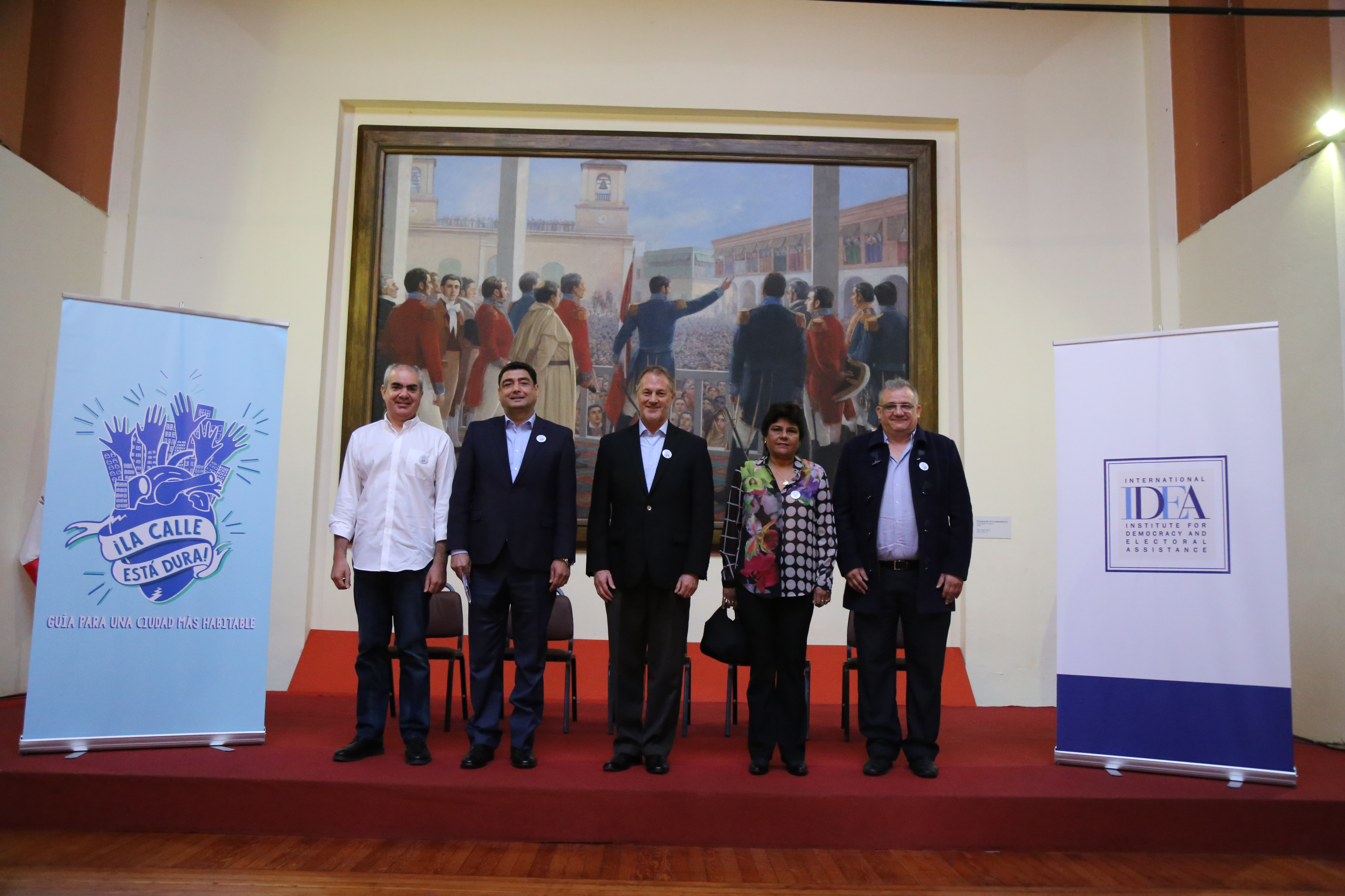 """Candidates running for the position of Mayor of Lima arrived at the launch of the """"Guide for a Livable City"""": Manuel Velarde, Jorge Villacorta, Jorge Muñoz, Norma Yarrow (representing candidate Renzo Reggiardo) and Gustavo Guerra García. Photo credit: International IDEA."""