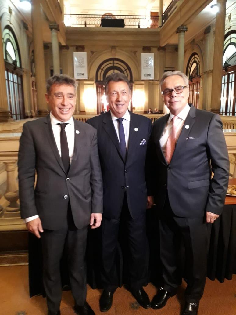 Chair of the CNE, Santiago Corcuera (left); Vice-Chair of the CNE, Alberto Dalla Vía (center); Director for Latin America and the Caribbean Region of International IDEA, DrDaniel Zovatto (right)
