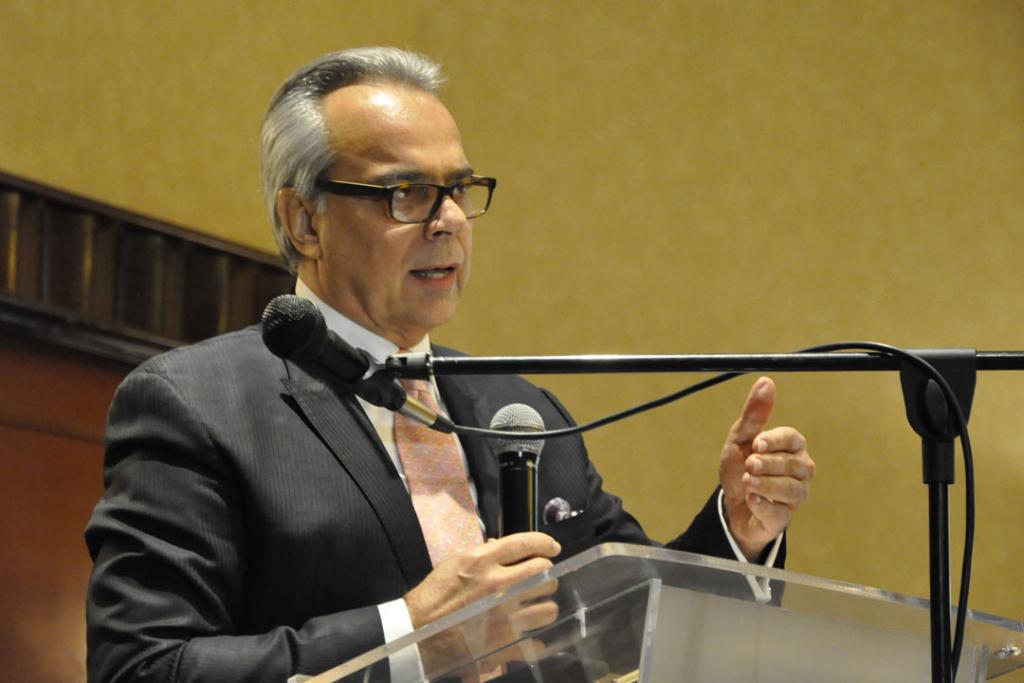 Daniel Zovatto, Director Regional para América Latinay el Caribe de IDEA Internacional durante su exposición (Crédito foto: CICIG)