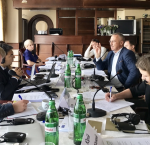 Experts from International IDEA and Centre for Policy and Legal Reforms discuss institutional design options for semi-presidential system of governance, Kiev, Ukraine, 10 July 2017. Photo credit: International IDEA.