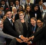 Australian MFA Marise Payne and Indonesian MFA Retno Marsudi with Bali Civil Society participants. Image credit: MFA Indonesia.