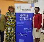De izquierda a derecha: Alfonso Ferrufino, Asesor principal de la oficina de IDEA en Bolivia; Marie-Laurence Jocelyn Lassègue, Directora de Programa en IDEA Internacional Haití; Eunide Innocent, Ministra de asuntos femeninos y derechos de la mujer en Haití; Marie Doucey, Oficial de Programa en IDEA Internacional Haití.