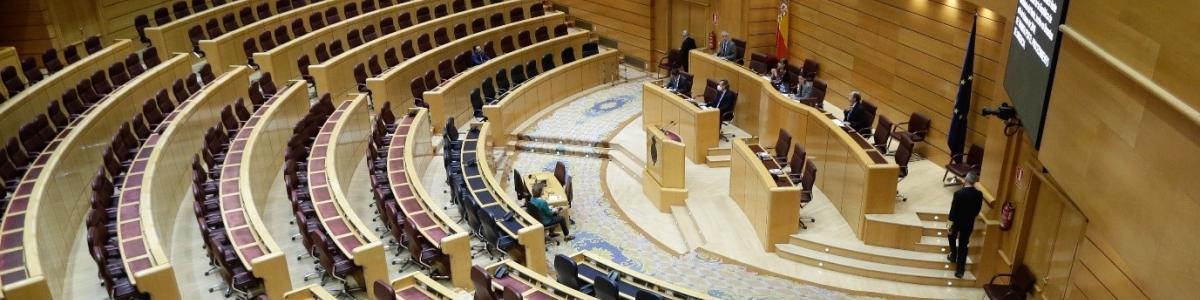 Spanish Senate voting remotely with five members present in the chamber, 17 March 2020. Image credit: Spanish Senate 2020