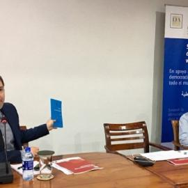 Election Commissioner Nalin Abeyesekere (right) looks on as Sead Alihodzic promotes Election Commission of India's Manual on Electoral Risk Management [Photo: Adhy Aman/International IDEA]